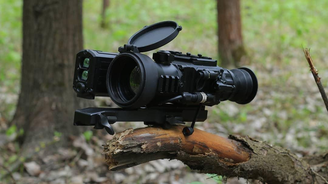 фотография тепловизионного охотничьего прицела LEGAT Gen2 LRF 3F40