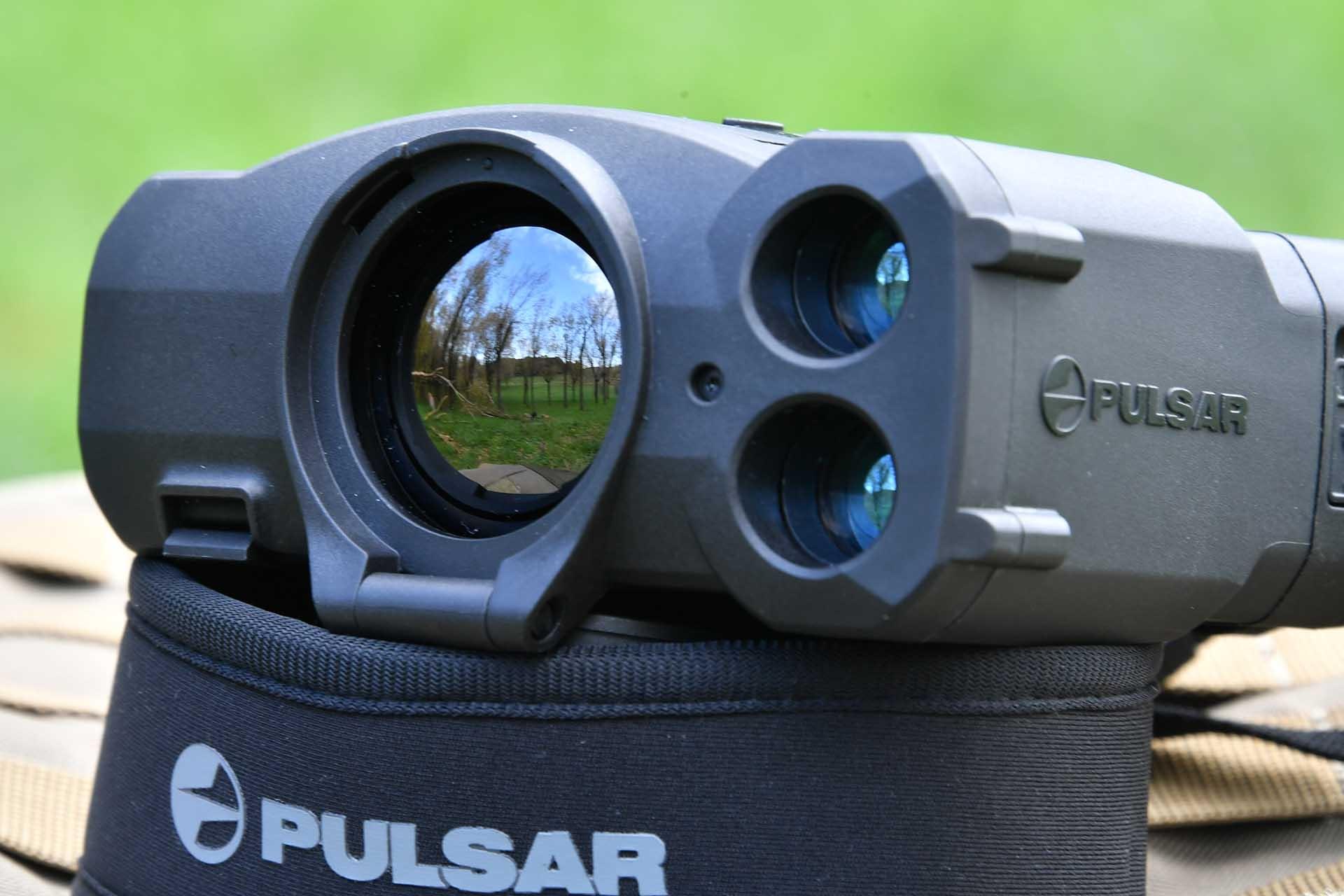 фото тепловизионного охотничьего прицела Pulsar Accolade LRF XP50